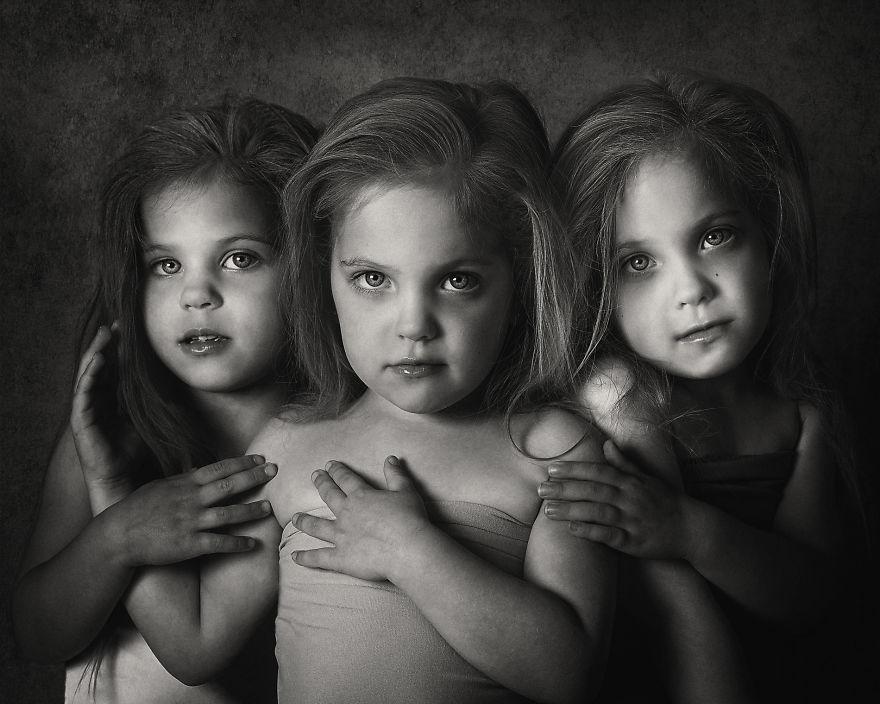 Vẻ đáng yêu của 3 bé gái sinh 3 'hút hồn' dân mạng - Ảnh 2