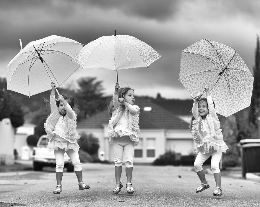 Vẻ đáng yêu của 3 bé gái sinh 3 'hút hồn' dân mạng - Ảnh 14