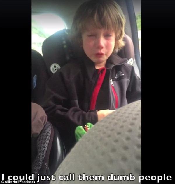 Cậu bé 6 tuổi truyền thông điệp bảo vệ môi trường gây xúc động toàn thế giới - Ảnh 2