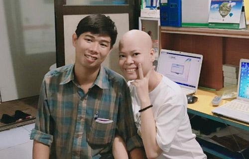 Ngưỡng mộ nghị lực và chuyện tình 7 năm của cô gái bị ung thư máu - Ảnh 2
