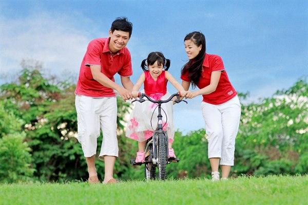 Ngày Gia đình Việt Nam: Những bức ảnh gia đình khiến ai cũng muốn về nhà - Ảnh 2