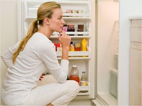 Tại sao nên mua tủ lạnh có ngăn đá dưới? - Ảnh 1