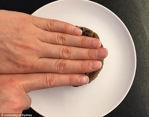 Cách hay để xác định trọng lượng chỉ nhờ ngón tay - Ảnh 7