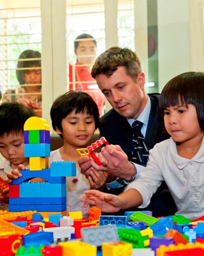 6 món đồ chơi giúp trẻ thông minh mà tiết kiệm bé nào cũng cần có - Ảnh 1