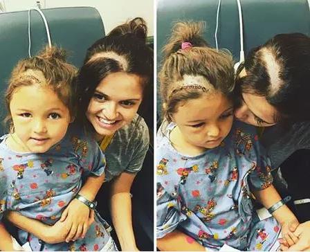 Mẹ cạo đầu để động viên con điều trị ung thư - Ảnh 1