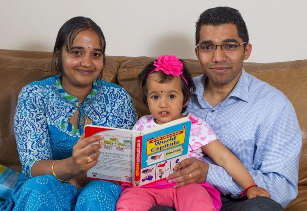 """Bất ngờ cô bé 2 tuổi """"đọc vanh vách"""" tên thủ đô của 196 quốc gia - Ảnh 2"""