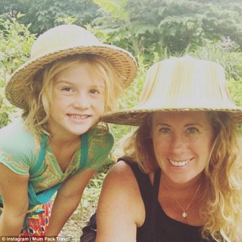 Bỏ việc để đưa con đi du lịch vòng quanh thế giới, bà mẹ trẻ phát hiện ra bí mật - Ảnh 4
