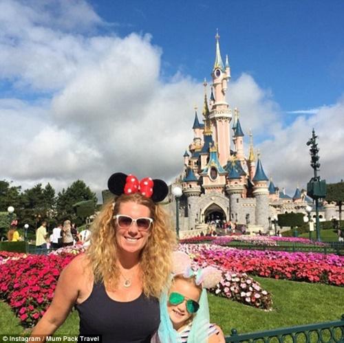 Bỏ việc để đưa con đi du lịch vòng quanh thế giới, bà mẹ trẻ phát hiện ra bí mật - Ảnh 9