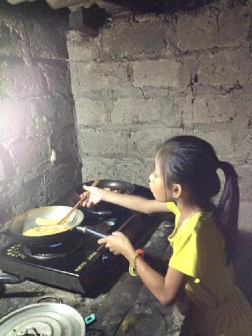 'Cô Tấm 9 tuổi' siêu đảm đang khiến nhiều mẹ ước ao - Ảnh 1