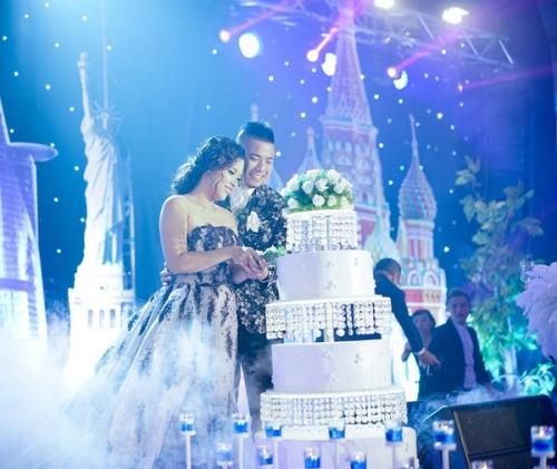 Màn thách cưới đặc biệt: Đi qua 20 nước mới về chung một nhà - Ảnh 14