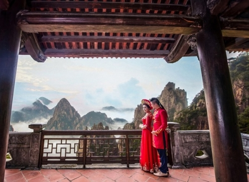 Màn thách cưới đặc biệt: Đi qua 20 nước mới về chung một nhà - Ảnh 9