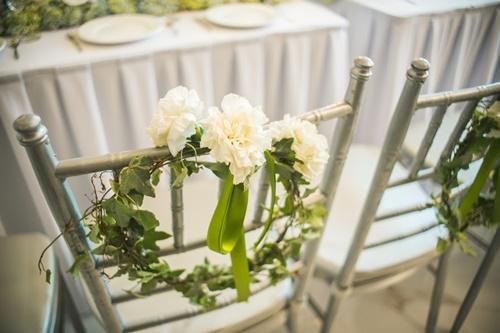 Cặp đôi chi 50 triệu đồngtrang trí nhà ngày cưới bằng hoa lan hồ điệp nhập khẩu - Ảnh 16