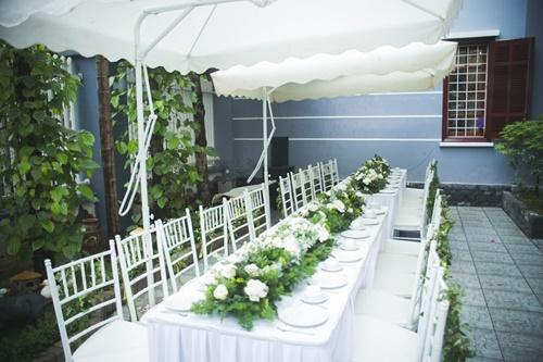 Cặp đôi chi 50 triệu đồngtrang trí nhà ngày cưới bằng hoa lan hồ điệp nhập khẩu - Ảnh 6