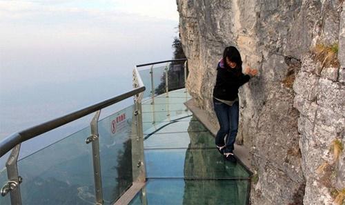 15 cây cầu điên rồ và đáng sợ nhất thế giới – Phần 1 - Ảnh 4