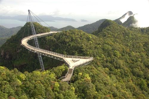 15 cây cầu điên rồ và đáng sợ nhất thế giới – Phần 1 - Ảnh 7