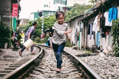 Những 'mảnh' tuổi thơ trên phố đường tàu Lê Duẩn - Ảnh 5