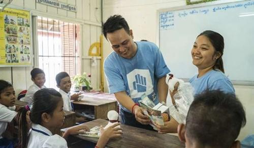 Tiết lộ về 'Thợ săn' trẻ em đường phố ở Phnompenh - Ảnh 4