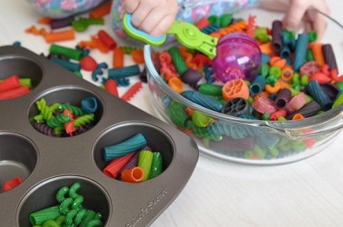 Tự tạo đồ chơi trí tuệ cho trẻ em trong dịp nghỉ hè - Ảnh 3