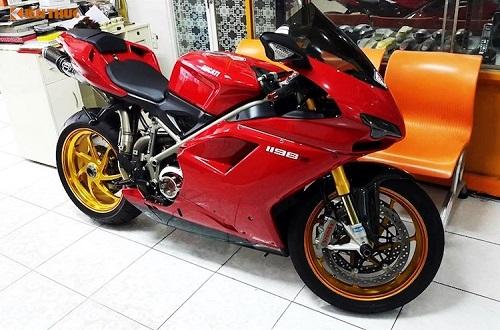 """Siêu môtô tiền tỷ Ducati 1198S """"độ hết bài"""" tại Việt Nam - Ảnh 1"""