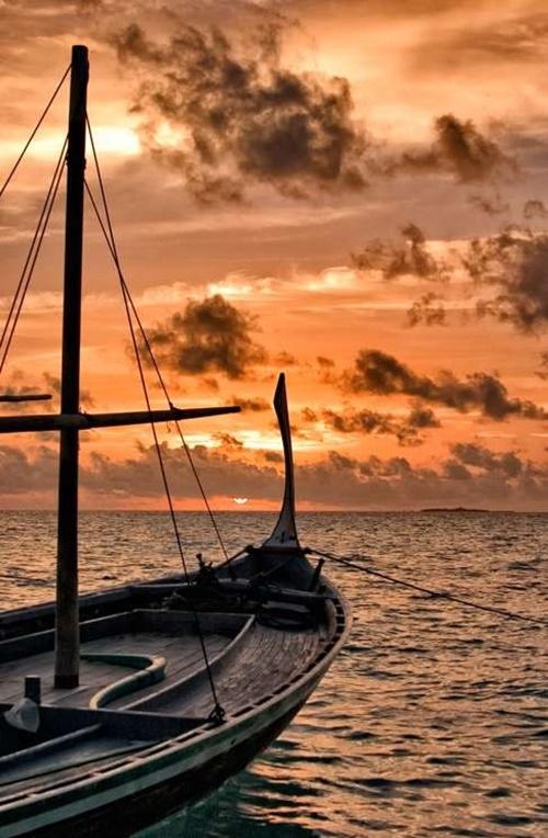 Bất ngờ với hai mặt đối lập của thiên đường Maldives - Ảnh 2