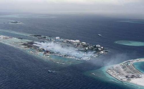 Bất ngờ với hai mặt đối lập của thiên đường Maldives - Ảnh 3