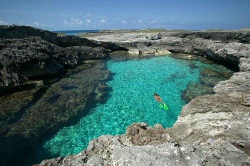 Chiêm ngưỡng 14 hồ bơi tự nhiên đẹp nhất thế giới - Ảnh 12