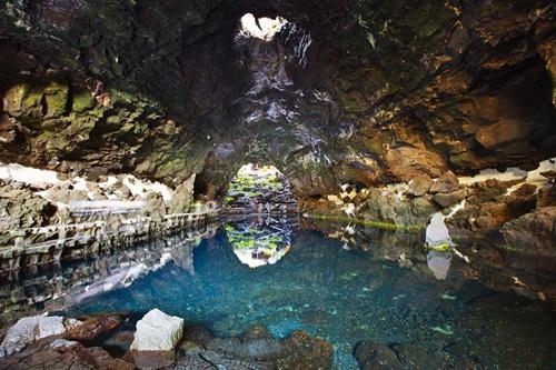 Chiêm ngưỡng 14 hồ bơi tự nhiên đẹp nhất thế giới - Ảnh 3