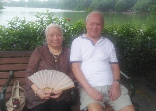Chuyện tình xuyên thế kỷ: Cặp đôi 86 tuổi chia sẻ bí quyết sống bên nhau trọn đời - Ảnh 1