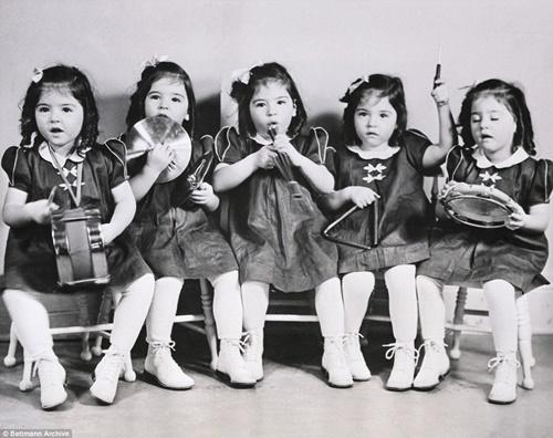 Cuộc đời bi kịch của những cô gái trong ca sinh năm đầu tiên trên thế giới  - Ảnh 3