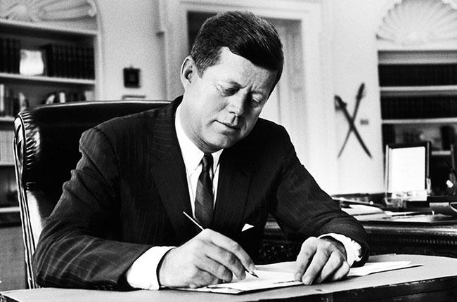 Tiết lộ những điều chưa từng biết tới về vụ ám sát Tổng thống Mỹ John F. Kennedy - Ảnh 1