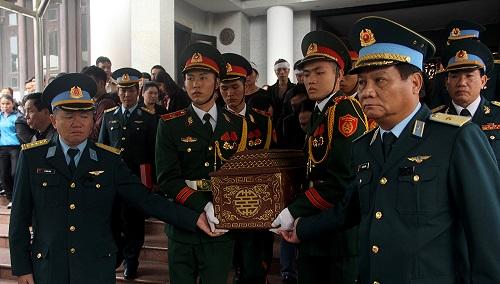 Lễ truy điệu và đưa tiễn phi công Nguyễn Thành Trung hy sinh tại Anh - Ảnh 5