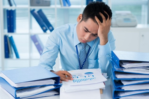 Làm việc quá sức: Người đột tử, kẻ tâm thần - Ảnh 3