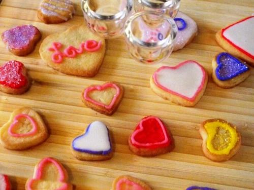 Trổ tài làm bánh quy bơ giòn tan thơm phức nhân ngày Valentine - Ảnh 13