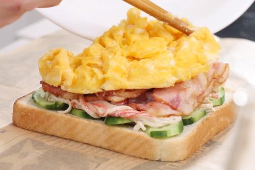 Tự chuẩn bị sandwich kiểu Hàn Quốc cho bữa trưa văn phòng - Ảnh 9