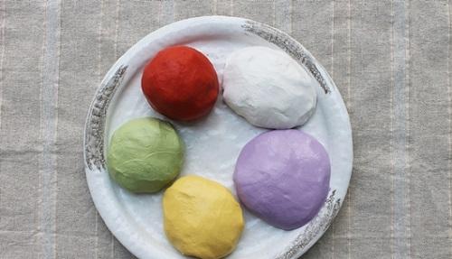 Khéo tay làm bánh trôi ngũ sắc cúng Rằm tháng Giêng - Ảnh 3