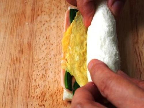 Bánh sandwich cuộn rau trứng – hộp cơm trưa công sở nhiều màu sắc - Ảnh 8