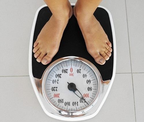 Đừng đi ngủ muộn nữa nếu bạn muốn giảm cân - Ảnh 1