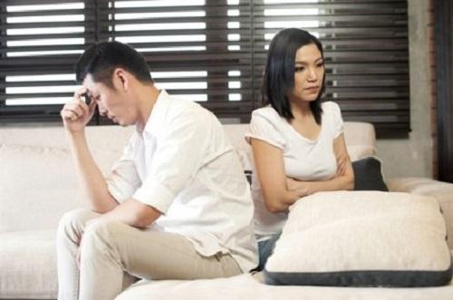 Sau hơn 10 năm gắn bó, chồng bỏ tôi theo một cô sinh viên - Ảnh 1
