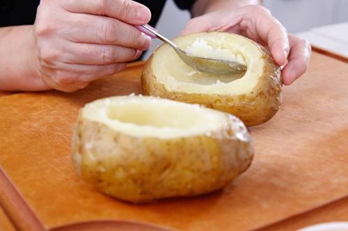Cùng vào bếp làm khoai tây nướng phô mai trứng ngon tuyệt - Ảnh 5
