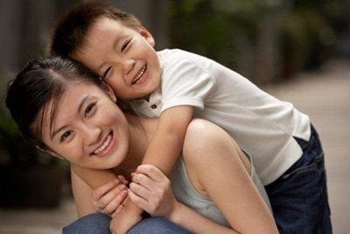 Được mẹ yêu thương, con trai sẽ trở thành quý ông tôn trọng phụ nữ và nghiêm túc trong tình cảm - Ảnh 3