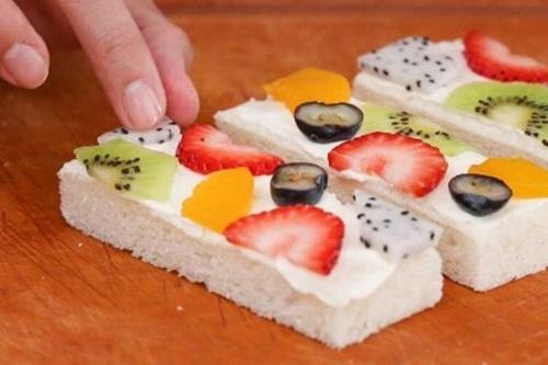 Cách làm bánh sandwich hoa quả cho bữa ăn ngày hè, tốt cho sức khỏe - Ảnh 6