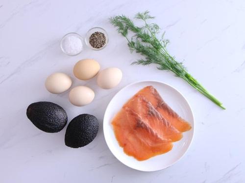 Cá hồi hun khói nướng quả bơ - ngon và giàu dưỡng chất - Ảnh 1