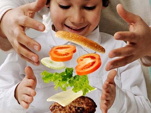 Tại sao bạn không nên cho con mình ăn nhiều Ketchup? - Ảnh 2