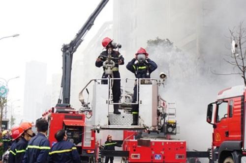 Lính cứu hỏa: Những người đi tìm sự sống trong biển lửa - Ảnh 4