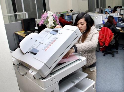 Cách phòng chống ung thư cho nhân viên ngồi văn phòng - Ảnh 2