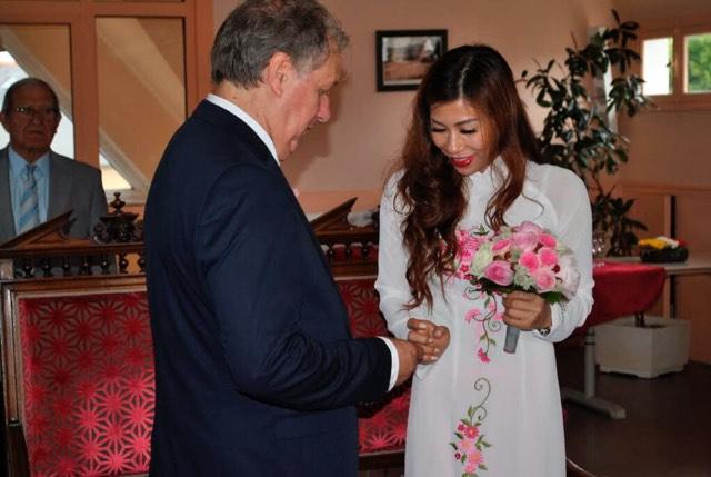 Chuyện vợ Việt - chồng Tây: Dạy con kết hợp Đông - Tây - Ảnh 1