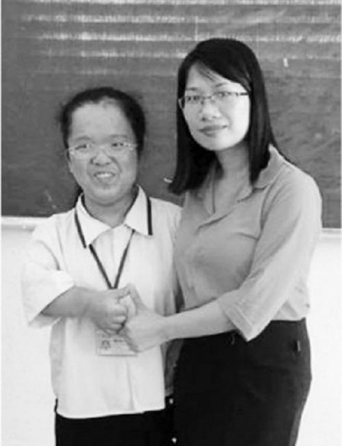 Xúc động cô giáo lên Facebook kêu gọi giúp đỡ học trò khuyết tật - Ảnh 1