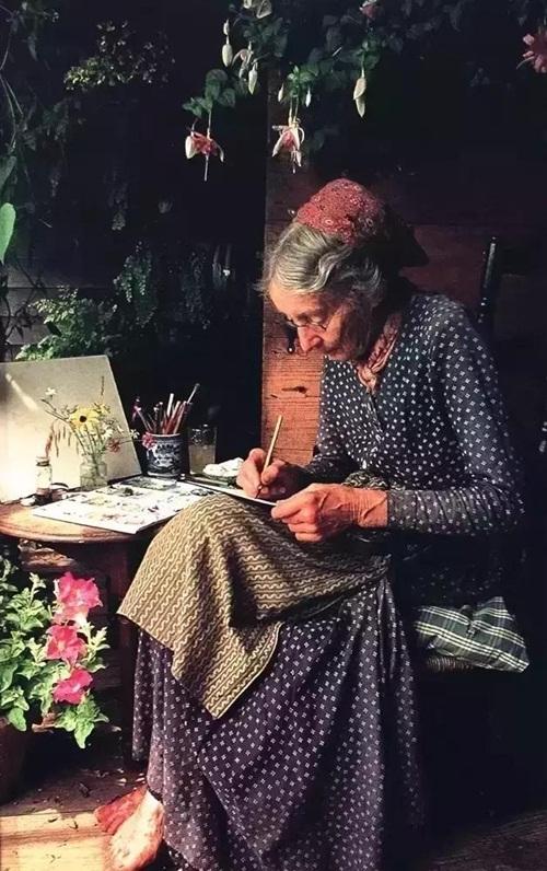 Cuộc sống thần tiên của nữ họa sĩ 92 tuổi  - Ảnh 14