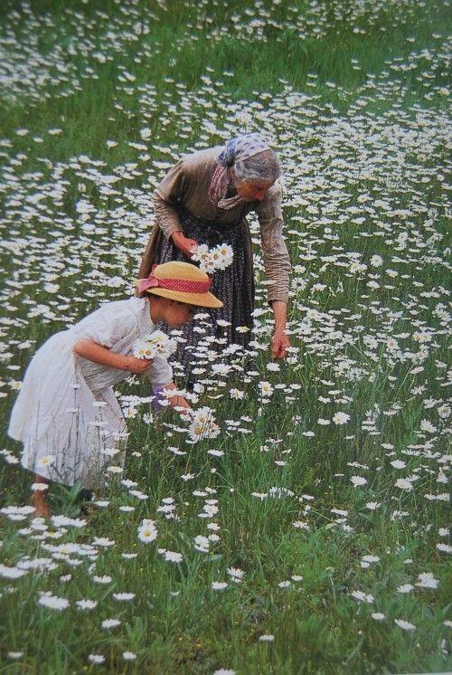 Cuộc sống thần tiên của nữ họa sĩ 92 tuổi  - Ảnh 2