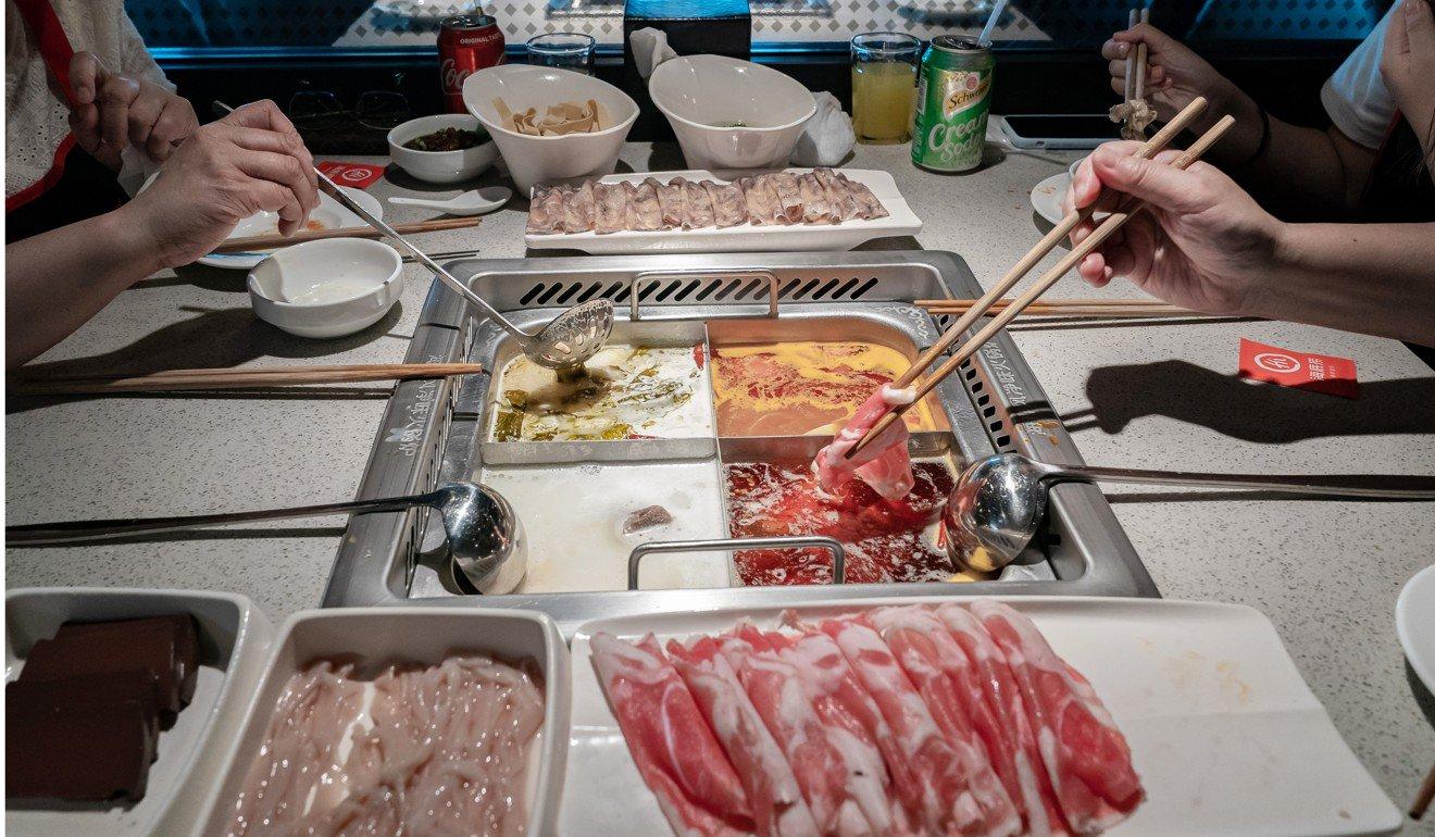 Tràn lan những vụ kiện nhà hàng tại Trung Quốc: Mất vệ sinh hay mánh lới làm tiền? - Ảnh 2